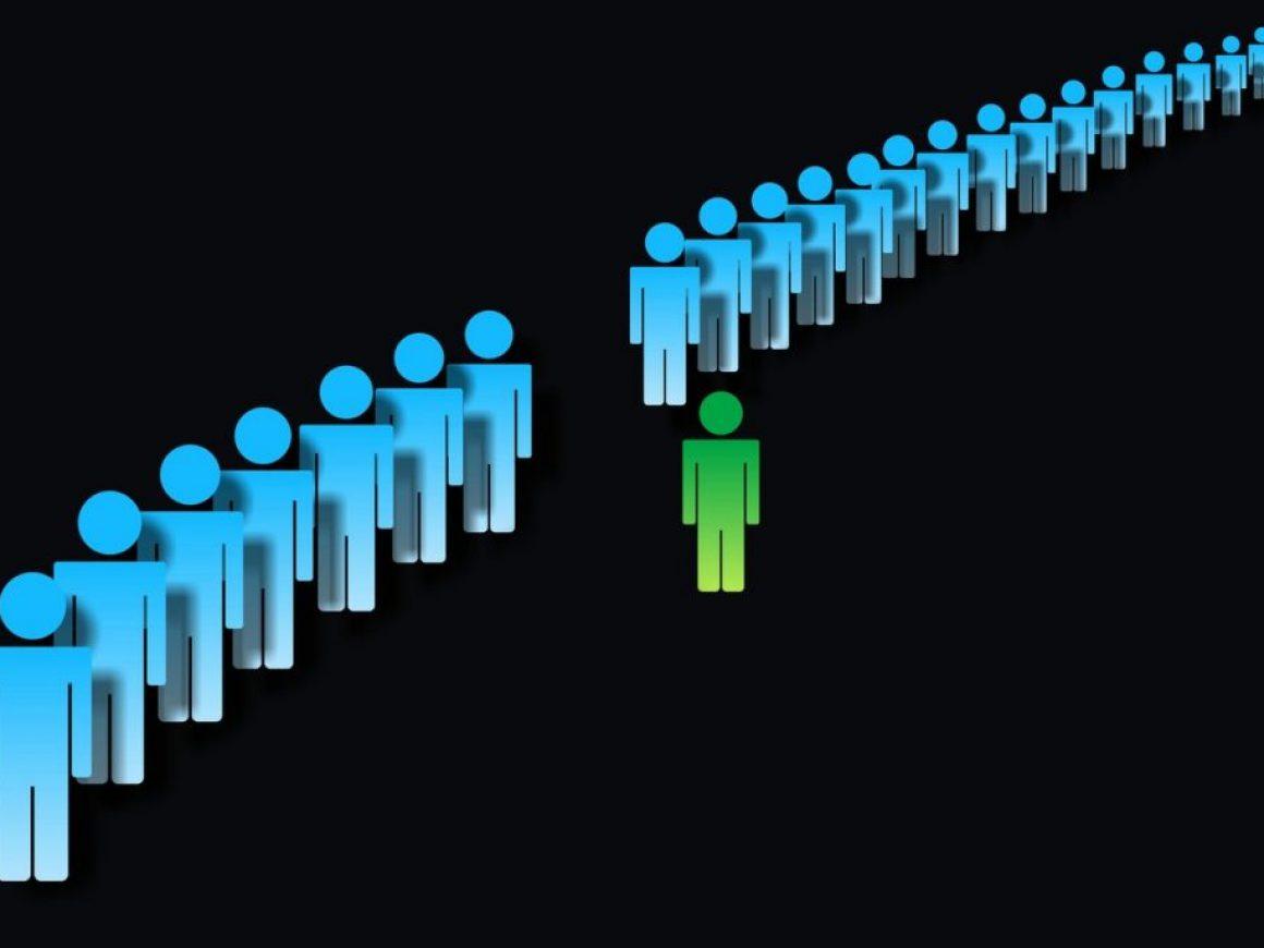 Lojalność konsumentów, czy pozyskiwanie nowych – co jest polecane dla danego rodzaju działalności?